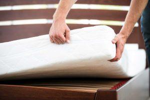 Wie haben wir die Matratzen getestet? Ein Überblick